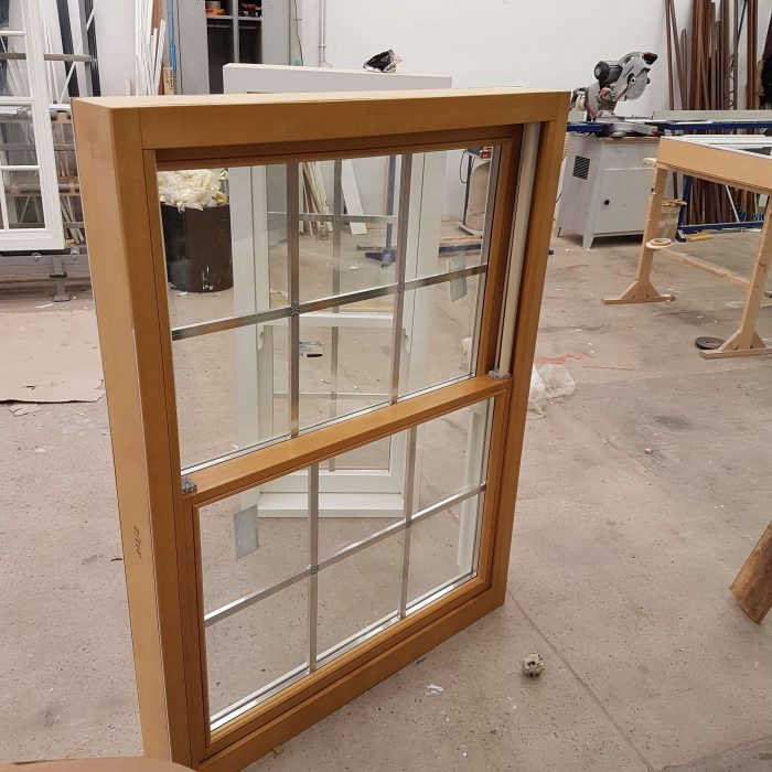 Timber Sliding Sash Window (Oak)